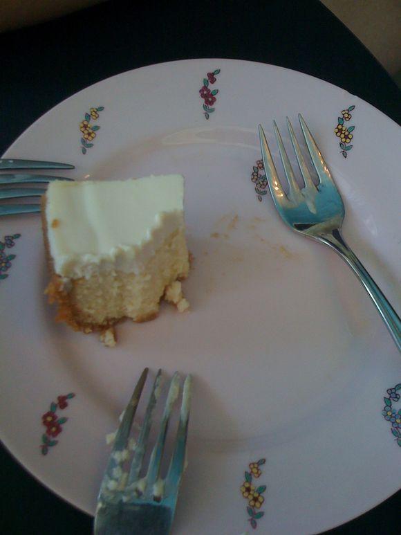 Shared Otto cheesecake